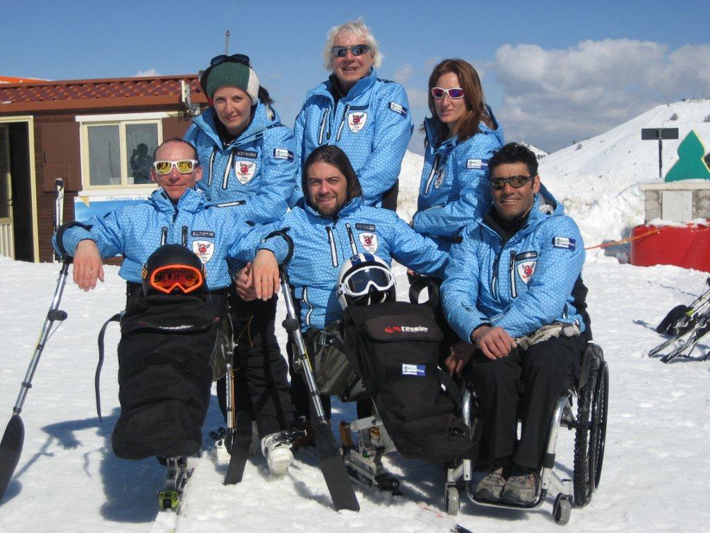 Corso avanzato monosci più gara di sci alpino
